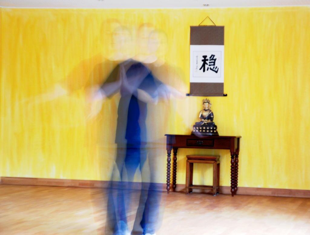 Bewegungsablauf einer Qigong Übung